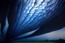 cloudsconspireabovemyhead2001g